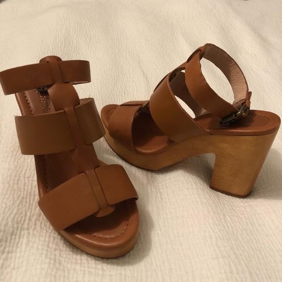 c83cb3a1972 Madewell Shoes - DROP   MADEWELL wooden block heel 6.5